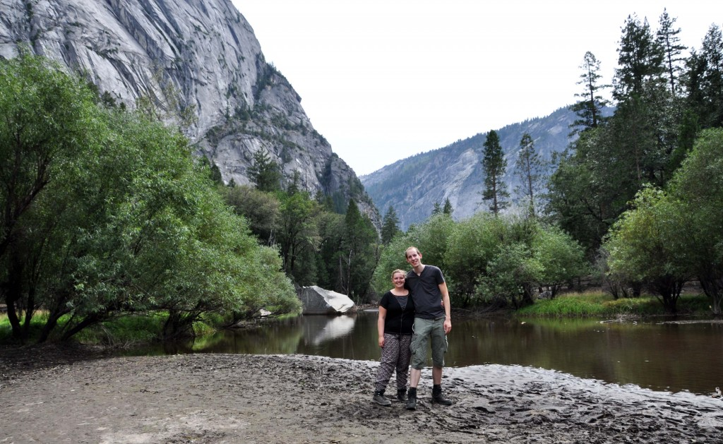 Samen bij Mirror Lake in de modder